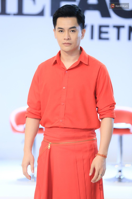 """Thanh Hằng đeo đồng hồ 2 tỷ, Võ Hoàng Yến """"ton sur ton"""" Nam Trung tại casting The Face ở Hà Nội - Ảnh 9."""