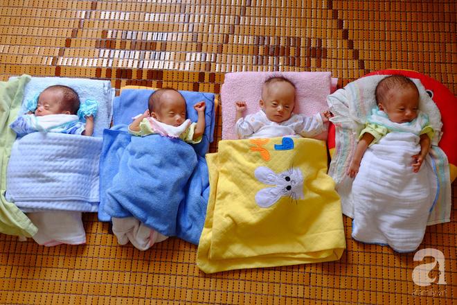 """Mẹ trẻ ở Nghệ An bất chấp lời khuyên của bác sĩ giữ lại tứ thai: """"Trời cho rồi, nhất quyết không bỏ - Ảnh 3."""