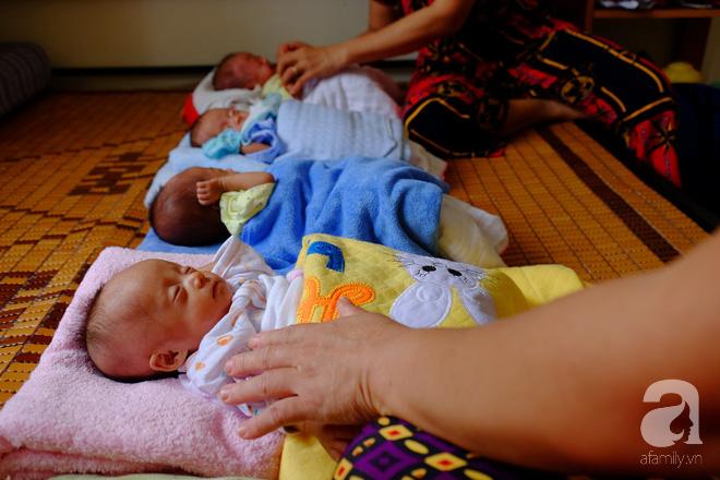 """Mẹ trẻ ở Nghệ An bất chấp lời khuyên của bác sĩ giữ lại tứ thai: """"Trời cho rồi, nhất quyết không bỏ - Ảnh 4."""