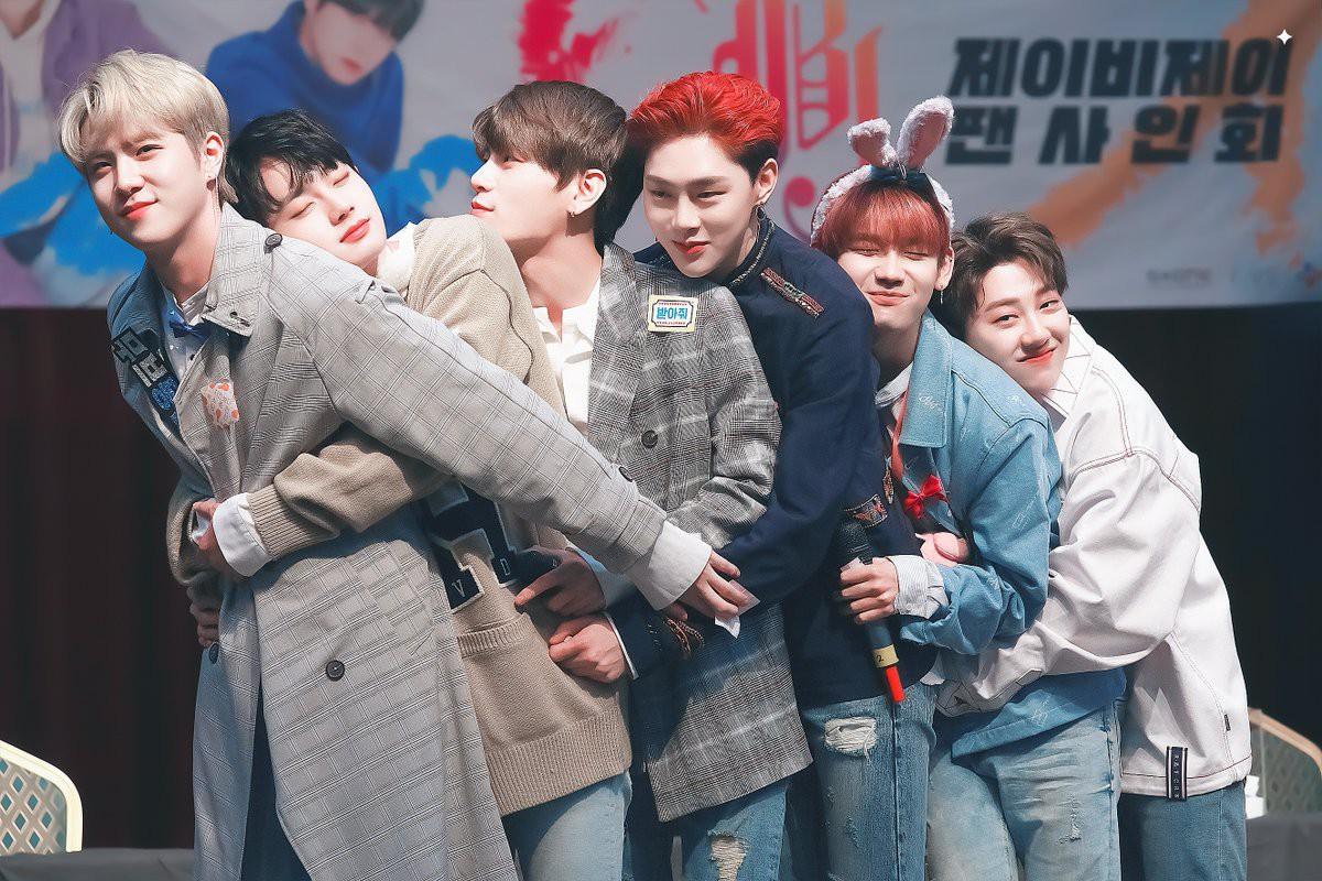 Từ WANNA ONE, I.O.I, JBJ mới thấy những nhóm nhạc ngắn hạn thành công như thế nào ở Kpop - Ảnh 3.