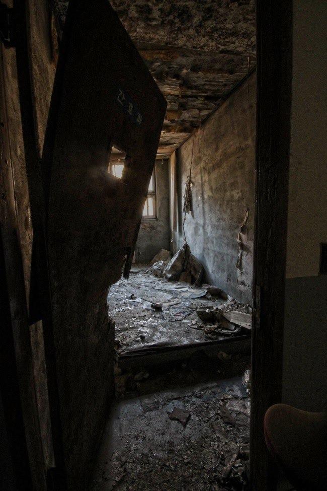 Bị buộc đóng cửa sau hàng loạt cái chết bí ẩn, bệnh viện tâm thần bị bỏ hoang 20 năm tại Hàn Quốc là một trong những nơi đáng sợ nhất thế giới - Ảnh 8.