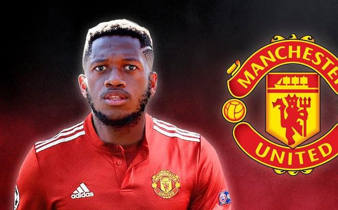 Chi 52 triệu bảng, Man United mua tân binh đầu tiên - Ảnh 1.