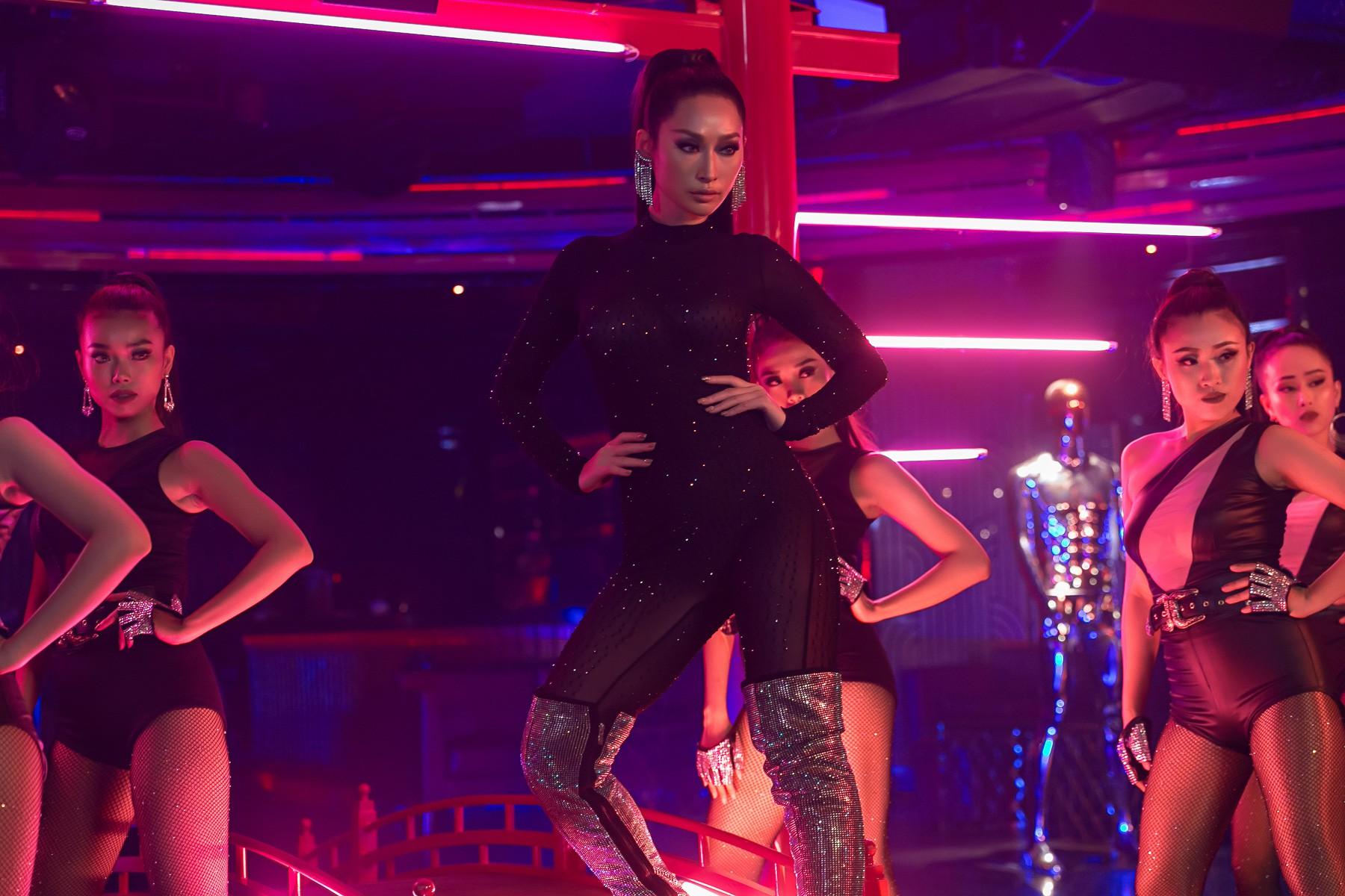 MV mới của Quỳnh Thy - High on your love đang nhận được nhiều phản ứng trái chiều từ khán giả