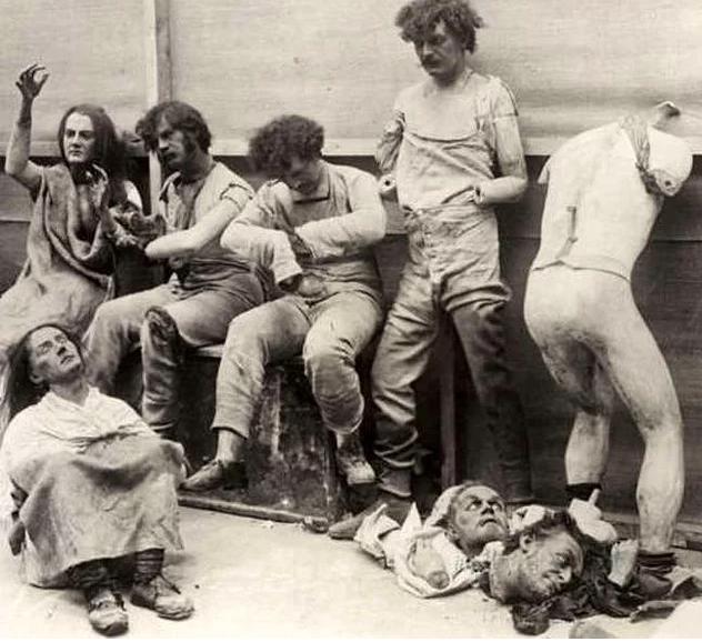 Những bức ảnh tư liệu từ thế kỷ 20, trải qua ngót 100 năm lại trở nên tà mị bất ngờ - Ảnh 2.