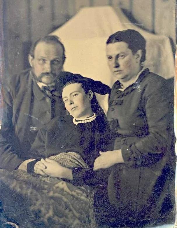 Những bức ảnh tư liệu từ thế kỷ 20, trải qua ngót 100 năm lại trở nên tà mị bất ngờ - Ảnh 8.