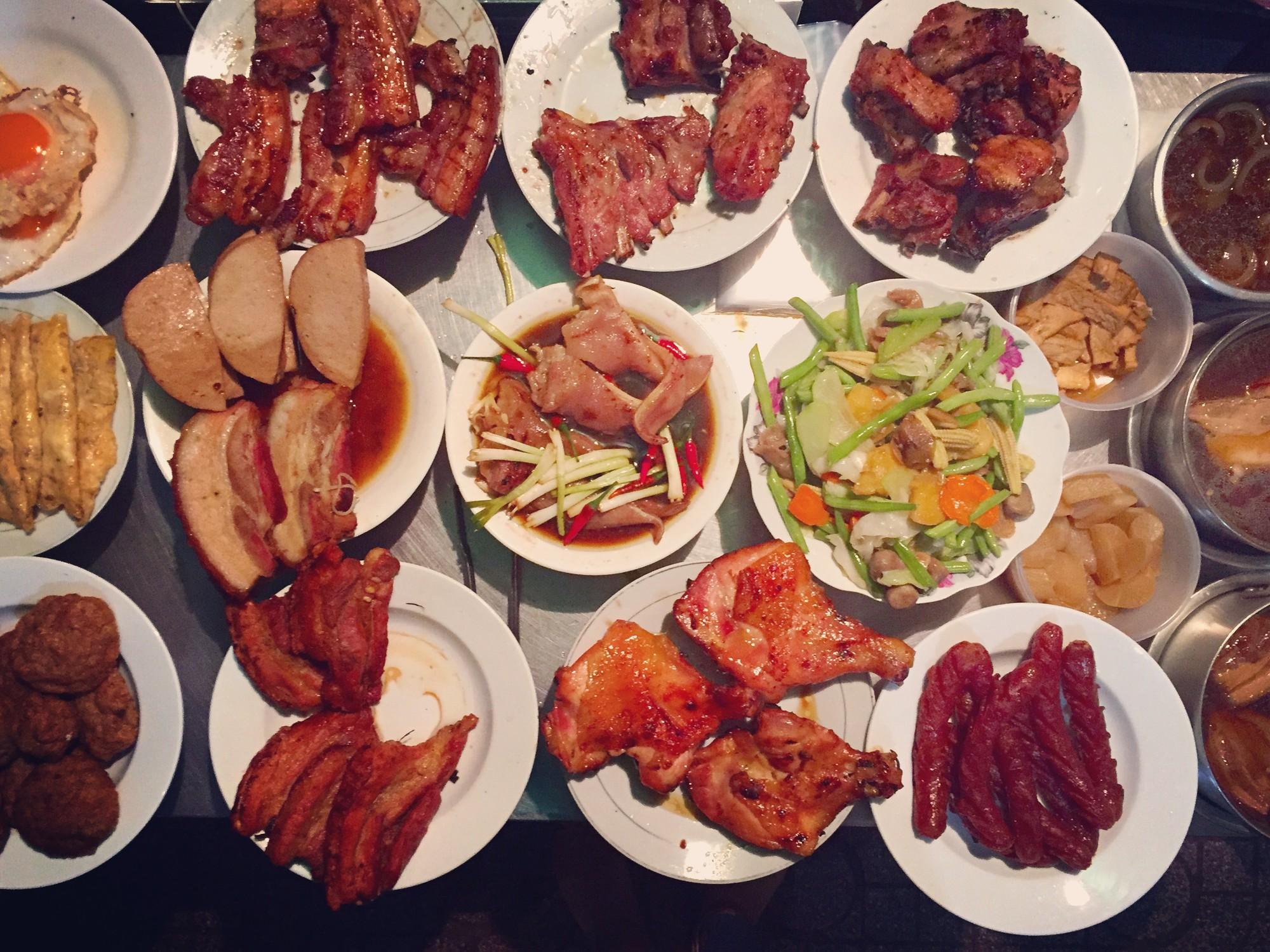 Nếu là dân cú đêm ở Sài Gòn thì hãy lưu ngay những địa chỉ ăn khuya đầy hấp dẫn này - Ảnh 1.