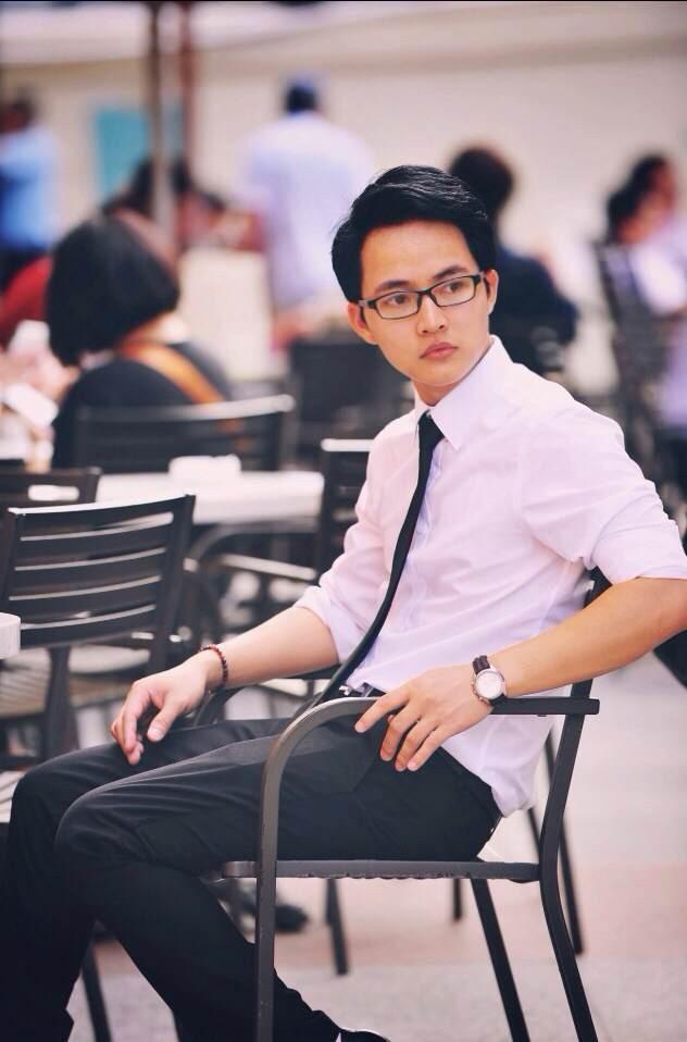 Thầy giáo Lại Tiến Minh: Đề thi lớp 10 ở Hà Nội nhàm chán, không có điểm mới lạ, xa rời thực tế - Ảnh 2.