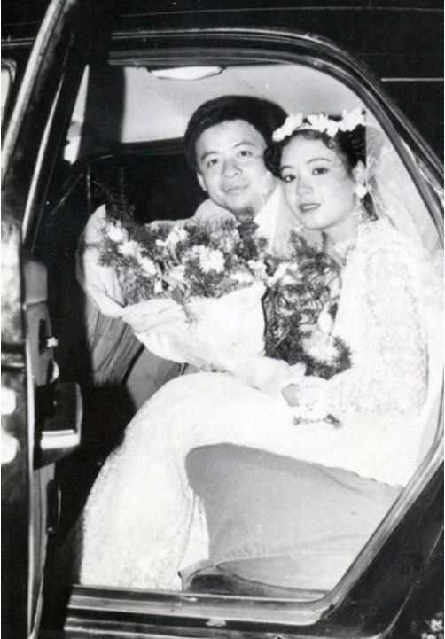 Ngắm loạt ảnh cưới những năm 80 - 90, bạn có nhận ra đây là sao Việt nào? - Ảnh 5.