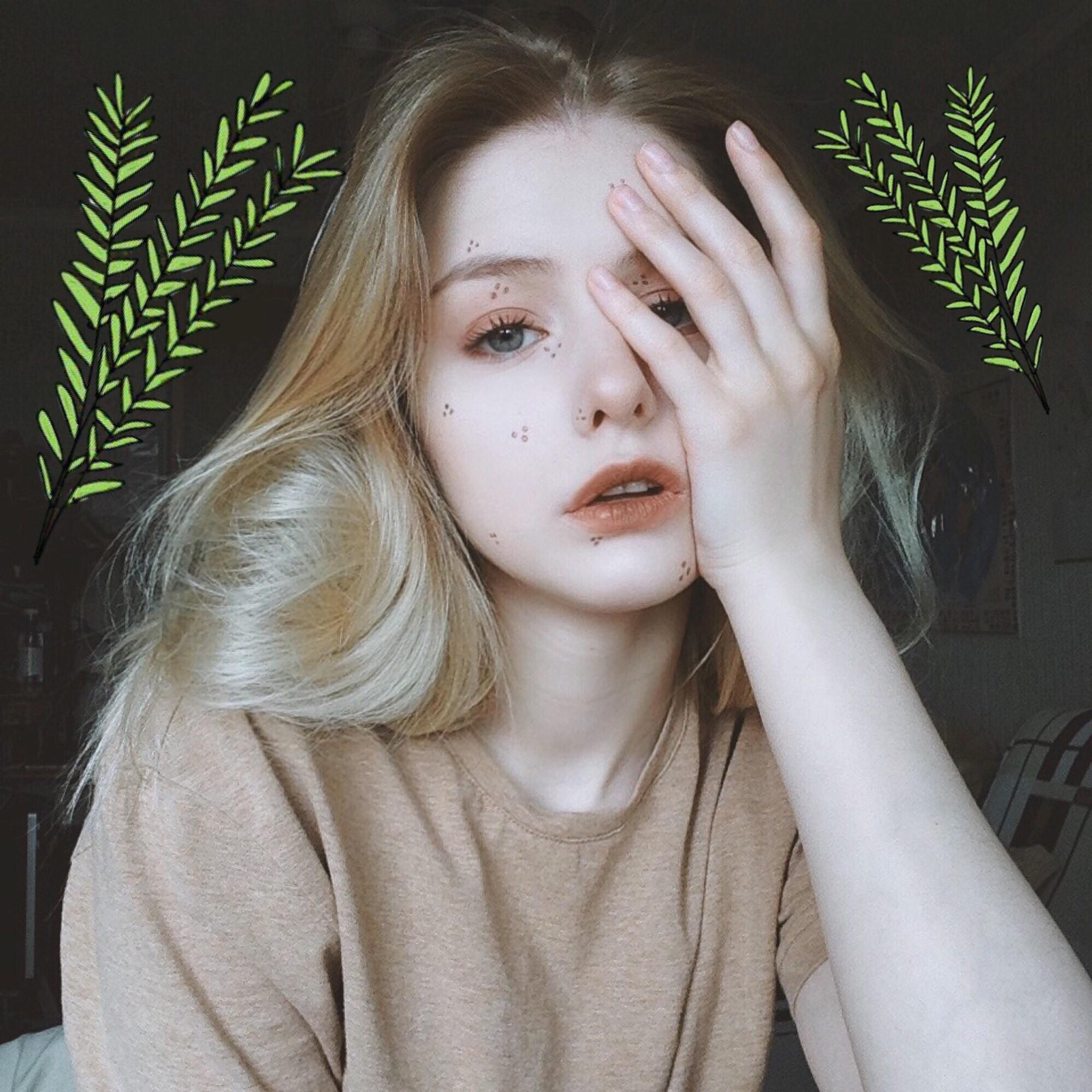 Hot girl Nga 20 tuổi đẹp như thiên thần, vừa cất giọng hát ai cũng nức nở: Người đâu hoàn hảo thế! - Ảnh 9.