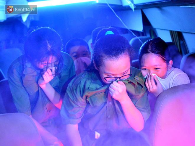 Cận cảnh một buổi học phòng chống cháy nổ của các chiến sĩ công an nhí - Ảnh 6.