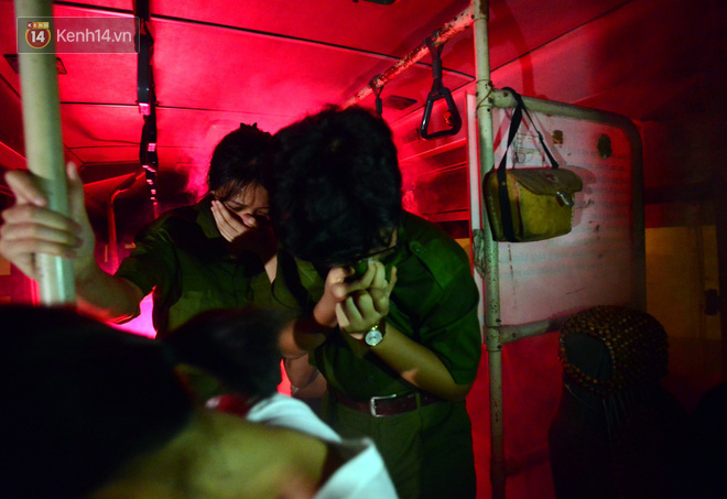 Cận cảnh một buổi học phòng chống cháy nổ của các chiến sĩ công an nhí - Ảnh 10.