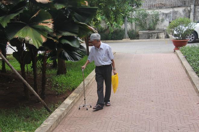Luật sư Nguyễn Khắc Thủy cho biết đã nhận bản án 3 năm tù giam của giám đốc thẩm nhưng sức khỏe ông Thủy đang rất yếu - Ảnh 1.