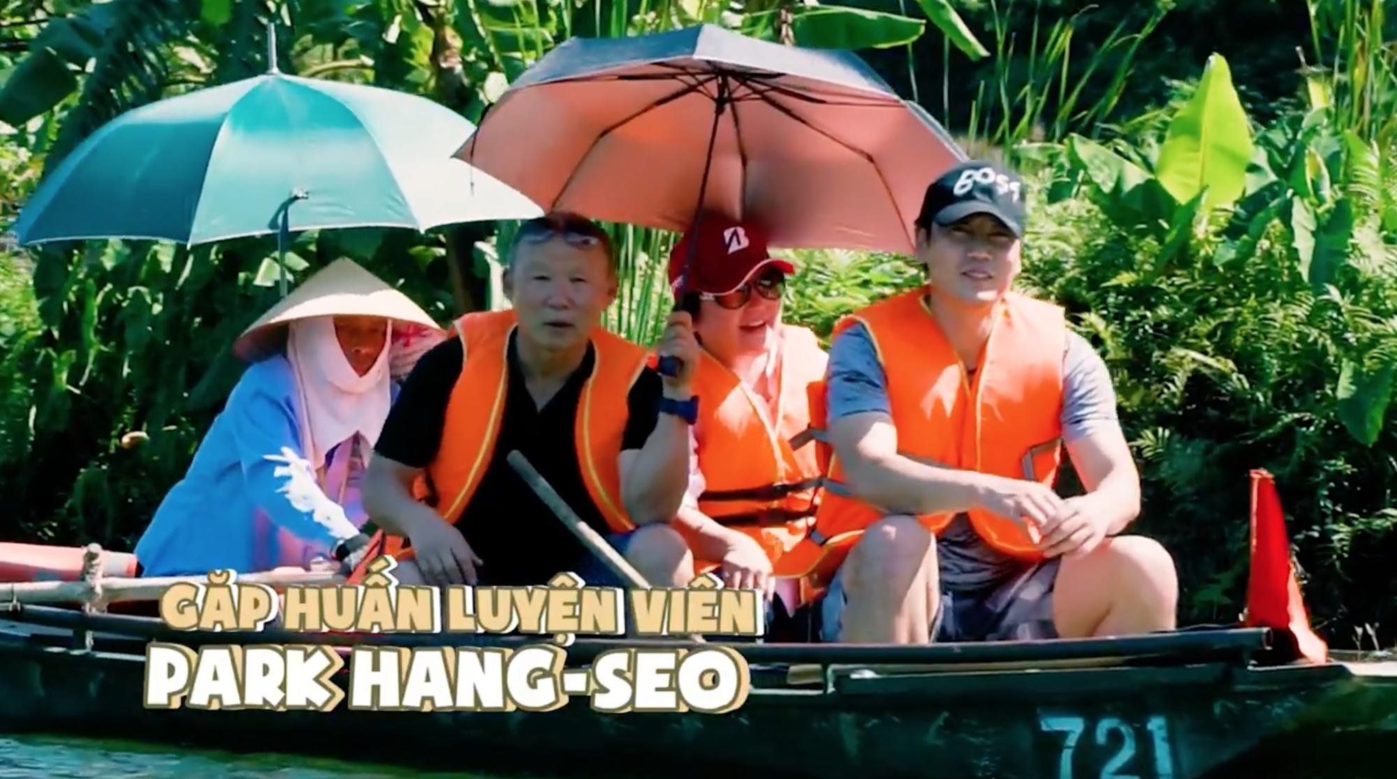 Hội ế Diệu Nhi - Sĩ Thanh - Yaya Trương Nhi bất ngờ gặp HLV Park Hang Seo tại Ninh Bình - Ảnh 7.