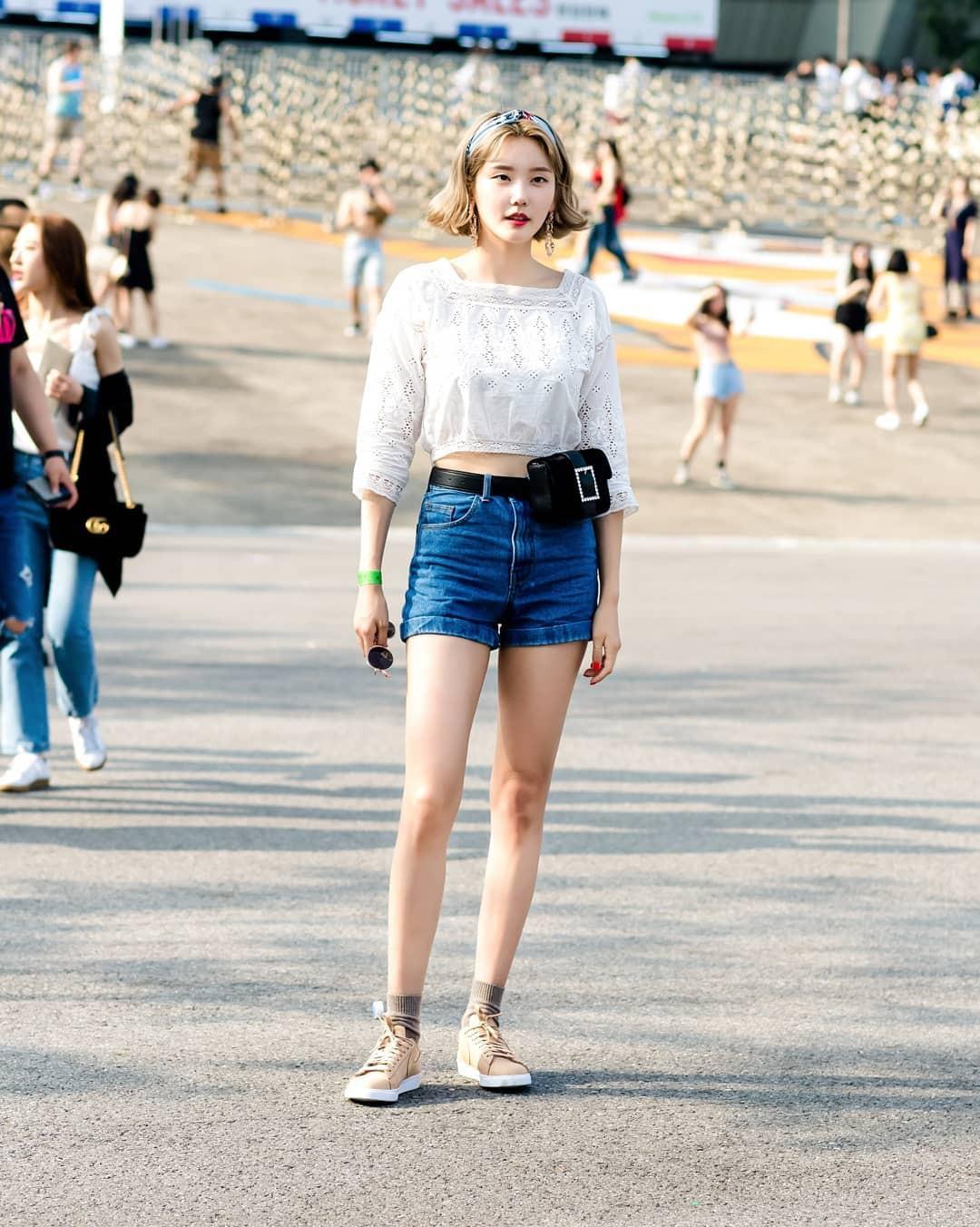Chỉ quanh quẩn với vài công thức tầm thường mà giới trẻ Hàn vẫn gây xuýt xoa vì mặc quá đẹp - Ảnh 4.