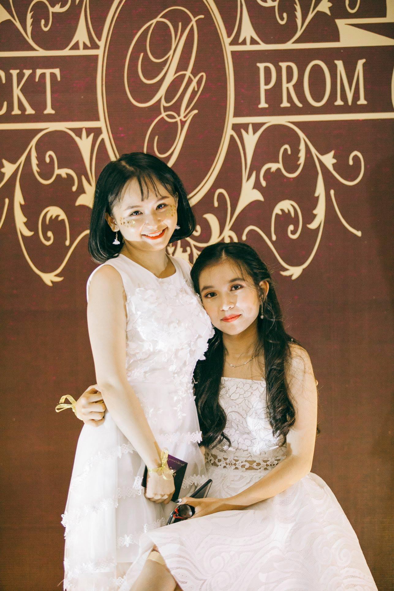 Không chỉ RMIT, trường chuyên phố núi Kon Tum cũng khiến chúng ta đã mắt với dàn trai xinh gái đẹp trong tiệc prom - Ảnh 17.