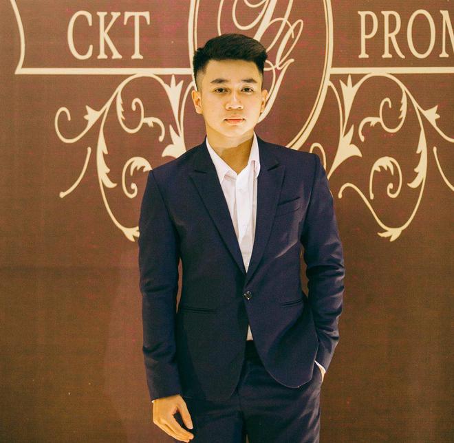 Không chỉ RMIT, trường chuyên phố núi Kon Tum cũng khiến chúng ta đã mắt với dàn trai xinh gái đẹp trong tiệc prom - Ảnh 5.