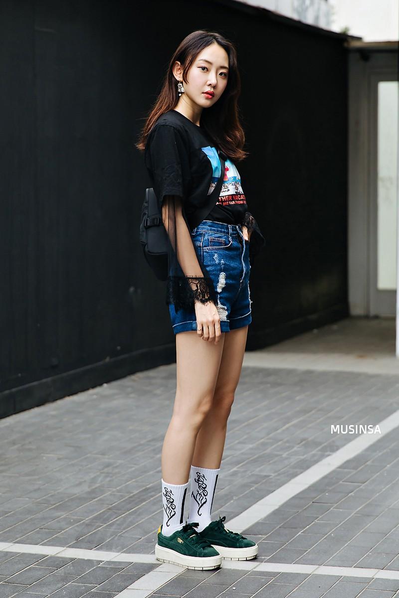 Chỉ quanh quẩn với vài công thức tầm thường mà giới trẻ Hàn vẫn gây xuýt xoa vì mặc quá đẹp - Ảnh 9.