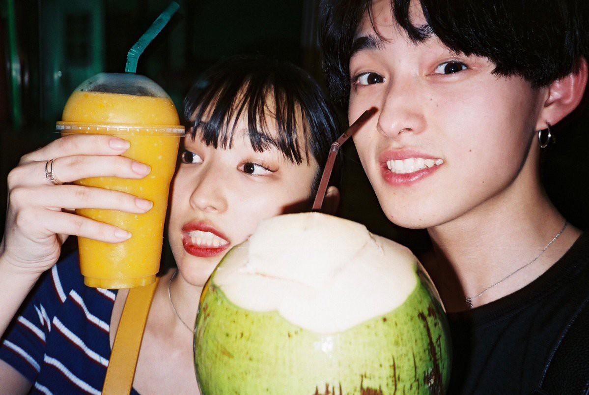 Cặp đôi chị ơi, anh yêu em Nhật Bản khiến dân tình phát sốt vì đã đẹp đôi lại còn đáng yêu - Ảnh 1.