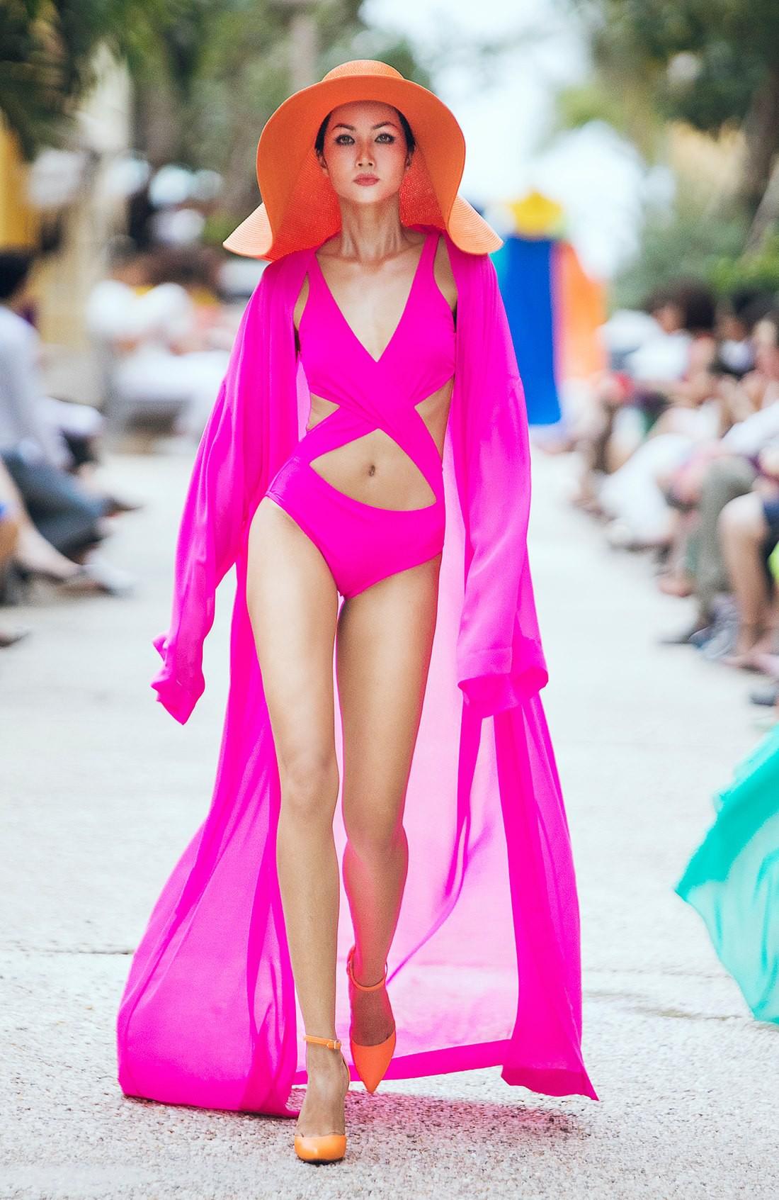 Trước khi đăng quang Hoa hậu, HHen Niê đã là một người mẫu sáng giá với những khoảnh khắc catwalk xuất thần như thế này đây - Ảnh 6.