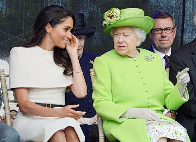 Ảnh: Công nương Anh Meghan Markle tỏa sáng nhờ gu thời trang tinh tế - Ảnh 8.