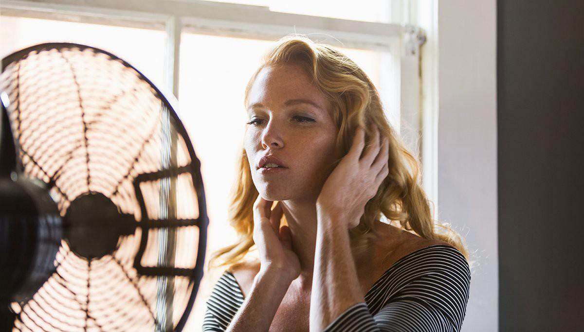 Mùa hè dùng quạt điện cần tránh mắc phải 4 sai lầm này kẻo gây hại nghiêm trọng tới sức khỏe - Ảnh 1.