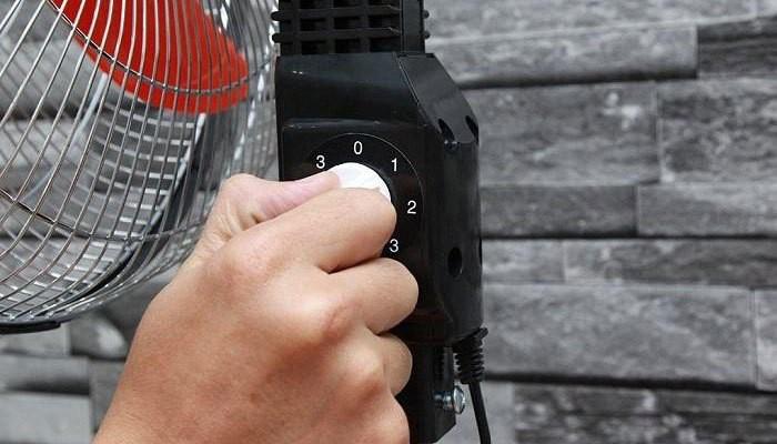 Mùa hè dùng quạt điện cần tránh mắc phải 4 sai lầm này kẻo gây hại nghiêm trọng tới sức khỏe - Ảnh 2.