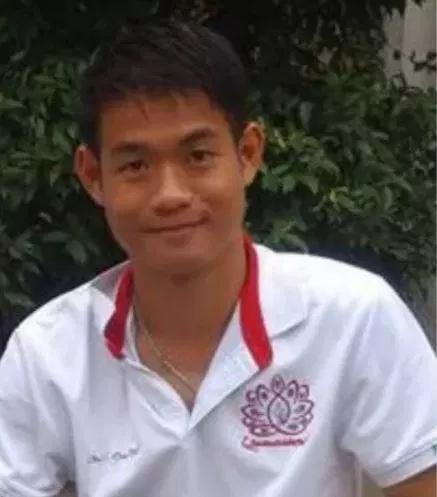 Thái Lan: HLV đội bóng mắc kẹt có thể ở lại một mình trong hang - Ảnh 1.