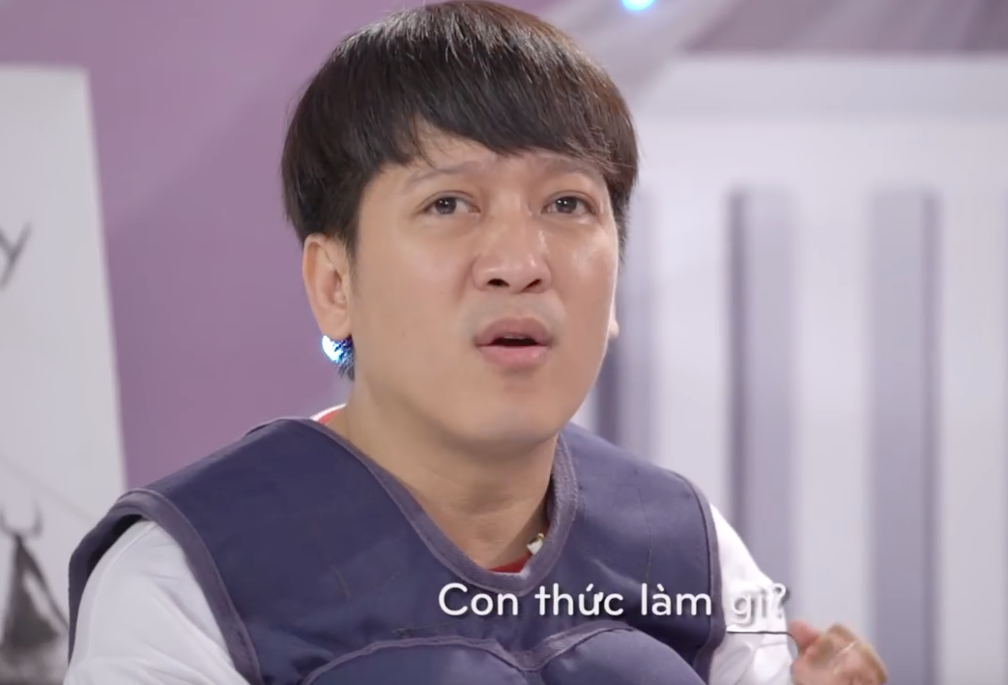 Clip: Ai cũng bật cười khi cặp đôi Trường Giang - Hương Giang khoe giọng - Ảnh 2.