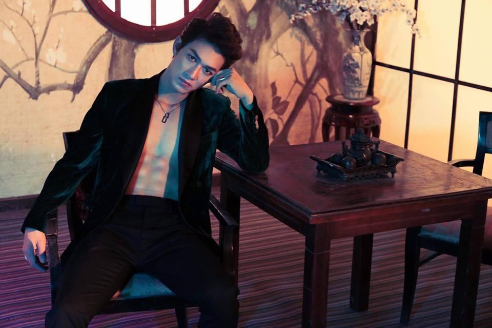 """Dàn diễn viên chính Hậu Duệ Mặt Trời bản Việt: Mỹ nam 6 múi miệt mài tìm cơ hội, mỹ nữ tỏa sáng thoát """"mác"""" hot girl - Ảnh 3."""