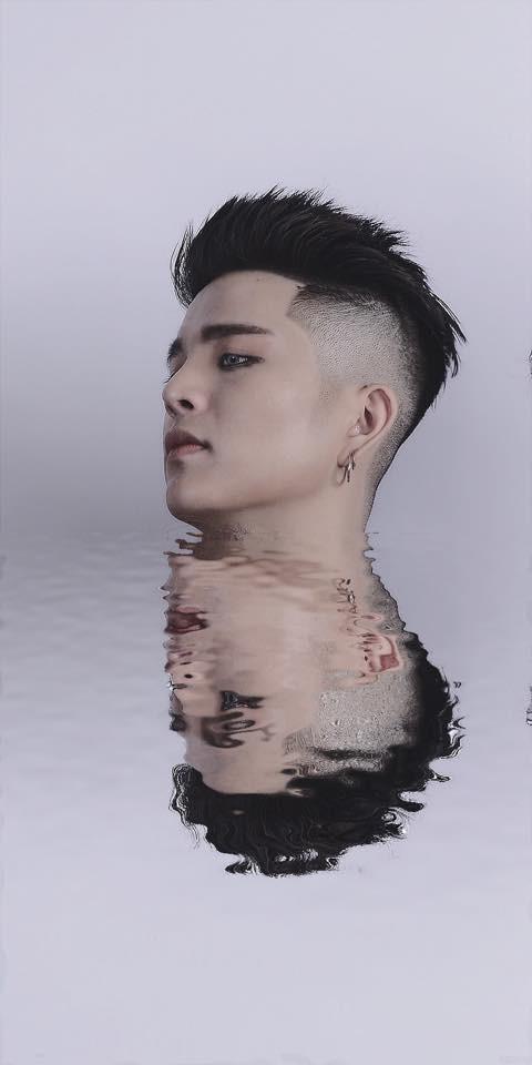 Bất ngờ trước ảnh mới nhất của Quang Anh (The Voice Kids): Mũi thon gọn, mặt trang điểm kĩ càng - Ảnh 3.