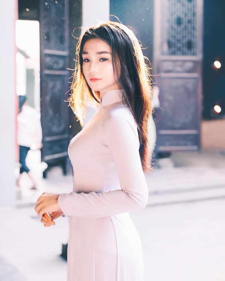 Thế hệ mỹ nhân 10x thi Hoa hậu Việt Nam 2018: Toàn nữ sinh vừa thi tốt nghiệp, xinh đẹp và sở hữu thành tích ấn tượng - Ảnh 11.