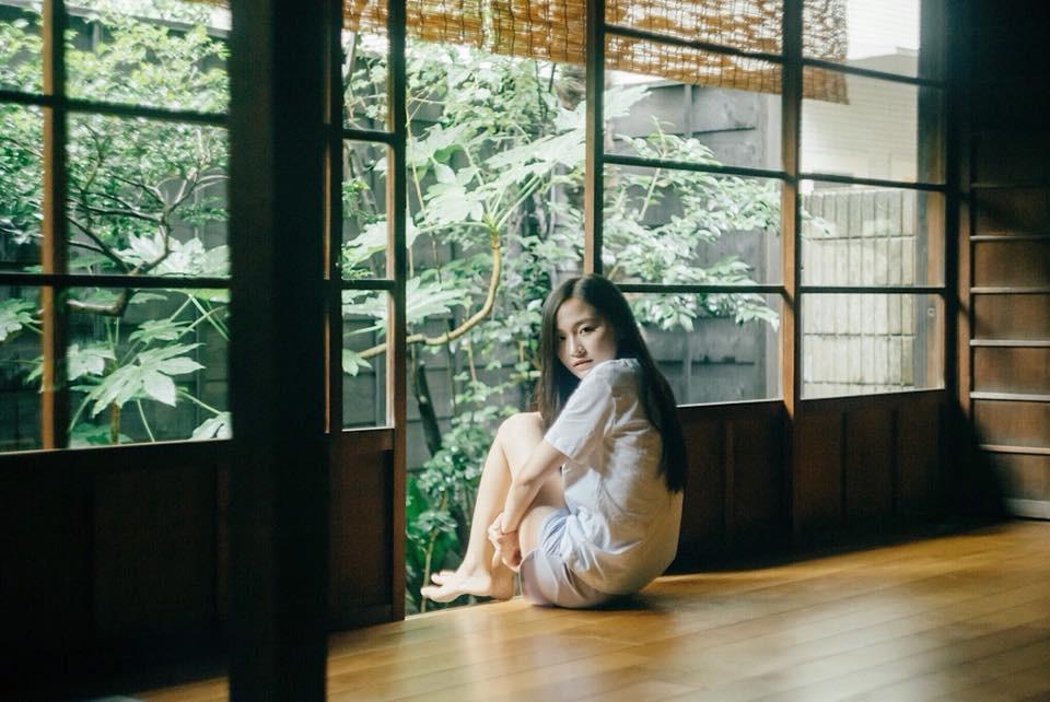 Loanh quanh vườn nhà, nữ du học sinh tại Nhật đã có bộ ảnh mùa hè đẹp như nàng thơ - Ảnh 7.