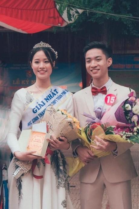 Thế hệ mỹ nhân 10x thi Hoa hậu Việt Nam 2018: Toàn nữ sinh vừa thi tốt nghiệp, xinh đẹp và sở hữu thành tích ấn tượng - Ảnh 4.