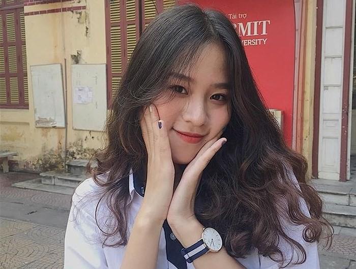 Thế hệ mỹ nhân 10x thi Hoa hậu Việt Nam 2018: Toàn nữ sinh vừa thi tốt nghiệp, xinh đẹp và sở hữu thành tích ấn tượng - Ảnh 5.