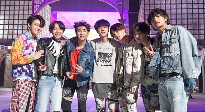 Rộ thông tin BTS comeback vào tháng 8: Fan nháo nhào, công ty quản lý nói gì? - Ảnh 2.