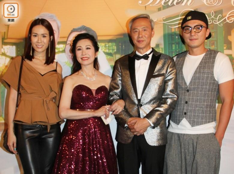 """Sao nam """"Lộc Đỉnh Ký"""" hạnh phúc tổ chức đám cưới ở tuổi 63, dàn sao TVB nô nức tới dự hôn lễ - Ảnh 13."""