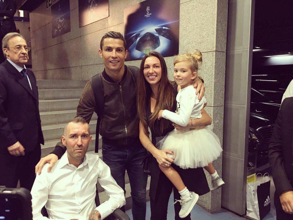 16 câu chuyện tuyệt vời khiến bạn phải có cái nhìn khác về Cristiano Ronaldo - Ảnh 14.