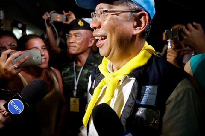 Video, Ảnh: Thái Lan mở tiệc xuyên đêm mừng chiến dịch giải cứu đội bóng nhí - Ảnh 1.