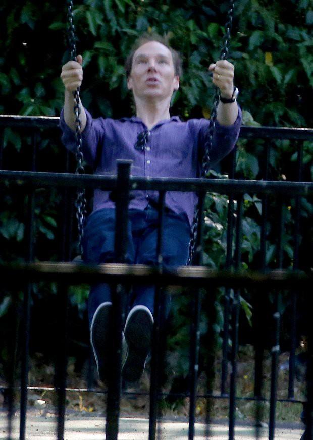 Ai nấy giật mình khi chứng kiến mái tóc hói xấu đột biến của nam thần nước Anh Benedict Cumberbatch - Ảnh 5.