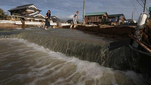 Nhật Bản đẩy nhanh tái thiết sau đợt mưa lũ lịch sử - Ảnh 1.