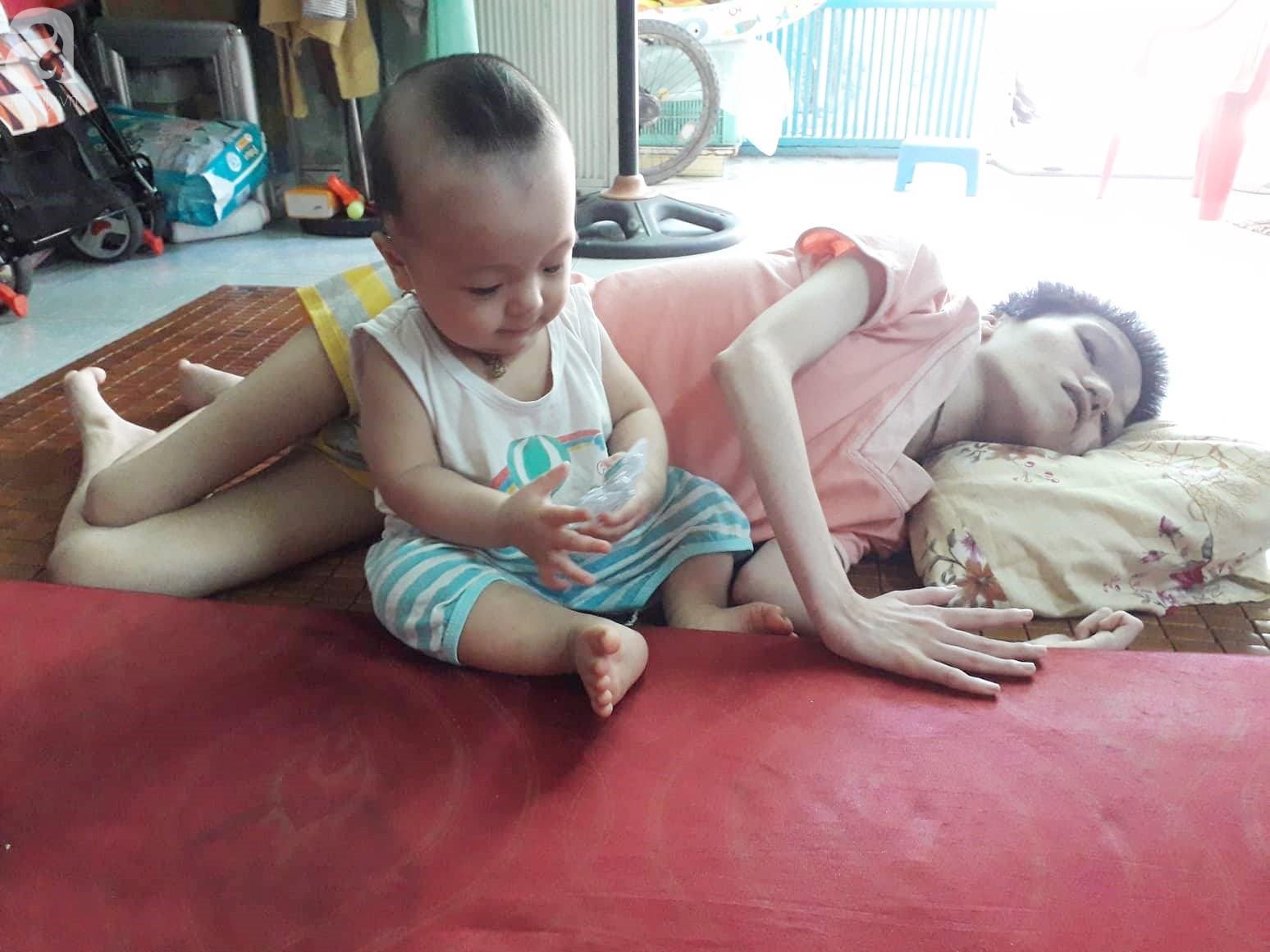 Đà Nẵng: Người mẹ nghèo nuôi 3 con thơ nheo nhóc, bất lực nhìn con gái 15 tuổi co giật vì bệnh u máu quái ác - Ảnh 6.