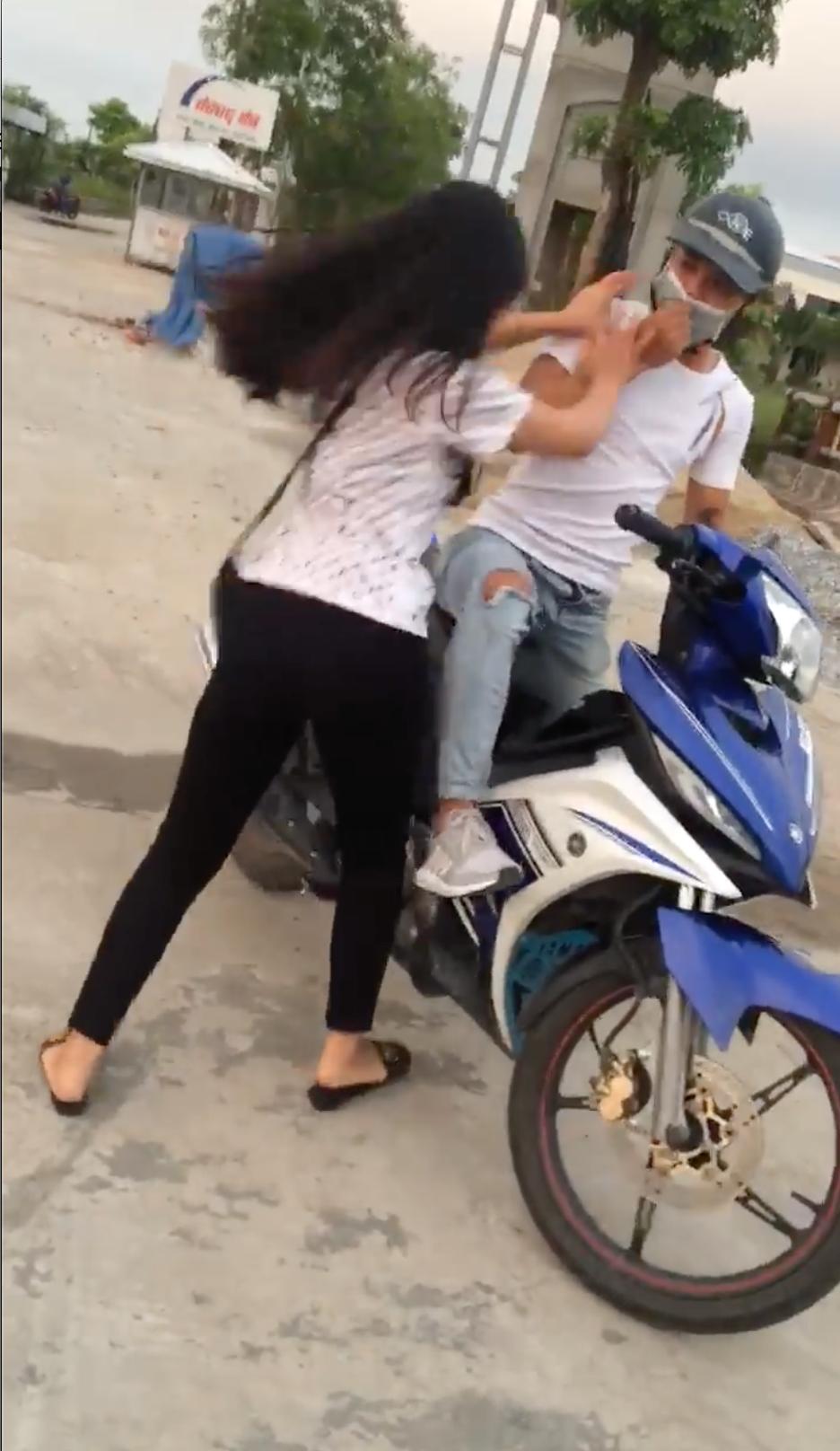 Bắc Ninh: Tán tỉnh rồi hẹn gặp bạn của người yêu, thanh niên họ Sở bị cả hai vạch mặt tại trận - Ảnh 2.
