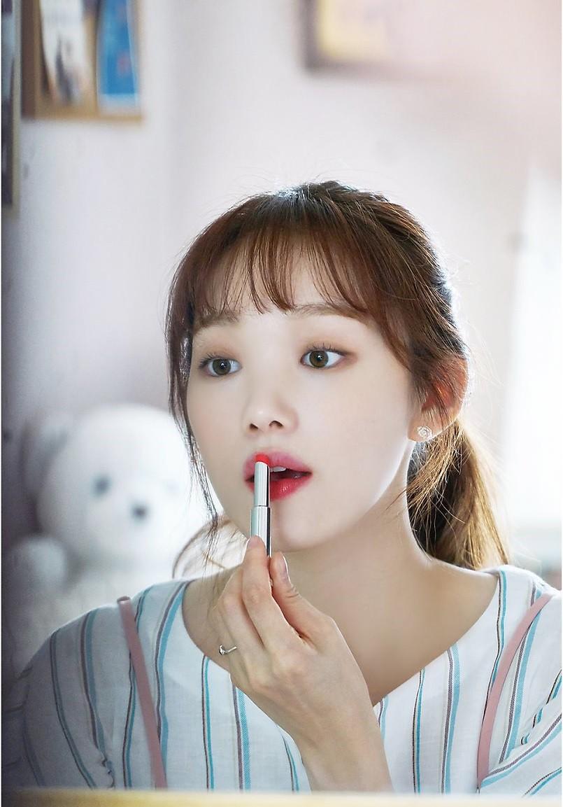 Những thỏi son đang được sao Hàn dùng nhiệt tình trong loạt phim hot hit gần đây - Ảnh 2.