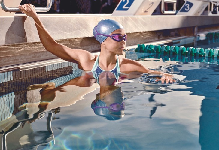 Bảo vệ đôi mắt luôn khỏe mạnh trong mùa hè nhờ thực hiện 6 thói quen này thường xuyên - Ảnh 3.