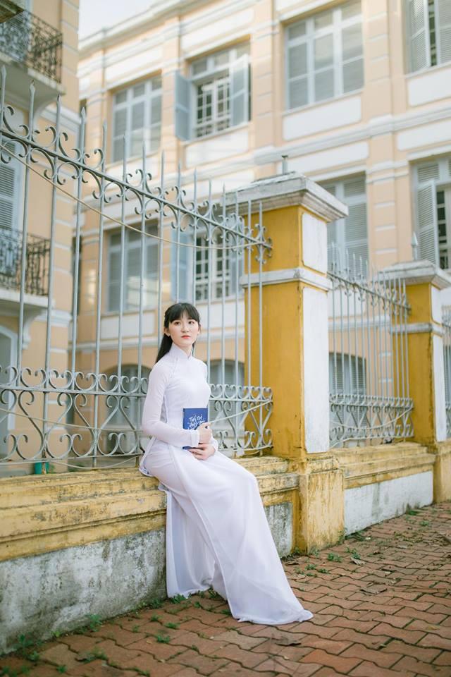 Thế hệ mỹ nhân 10x thi Hoa hậu Việt Nam 2018: Toàn nữ sinh vừa thi tốt nghiệp, xinh đẹp và sở hữu thành tích ấn tượng - Ảnh 24.