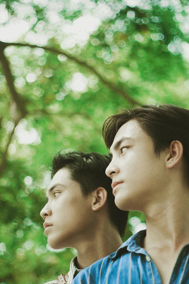 Mùa hè rực rỡ, dịu êm và rất tình của hai chàng trai trong bộ ảnh Theo anh về nhà - Ảnh 4.