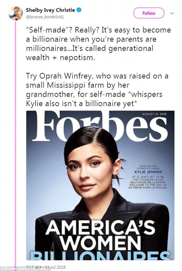 Kylie sắp soán ngôi Mark Zuckerberg để thành tỷ phú trẻ nhất, nhưng gây tranh cãi vì danh hiệu Forbes phong cho - Ảnh 2.