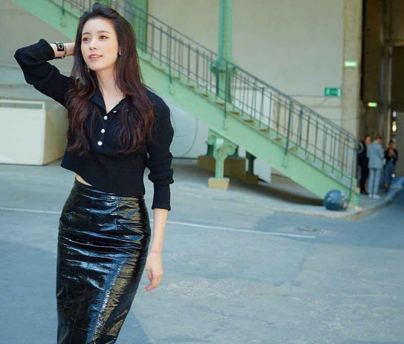 Cặp đôi thánh sống Kang Dong Won và Han Hyo Joo: Khi người thừa kế đời thực và nữ thần đều dính bê bối chấn động - Ảnh 31.