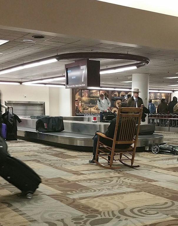 Tổng hợp những hình ảnh kỳ thú chỉ có ở sân bay - Ảnh 19.