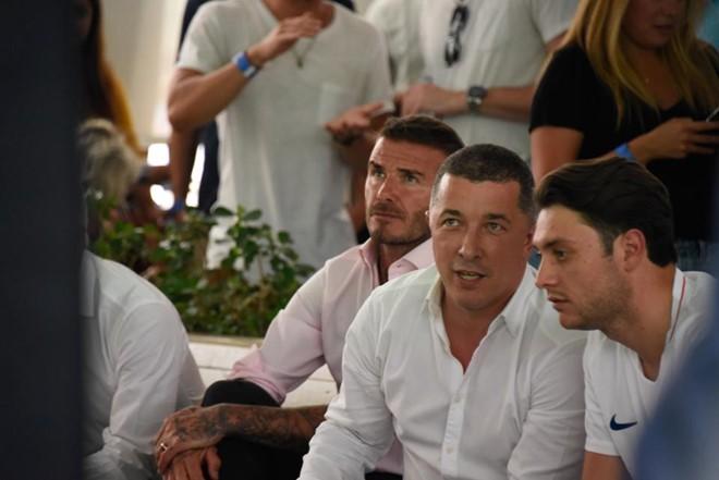 Loạt sao động viên đội tuyển Anh sau trận thua trước Croatia tại World Cup 2018 - Ảnh 4.